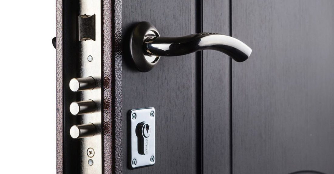 Как выбрать входную дверь в частный дом?